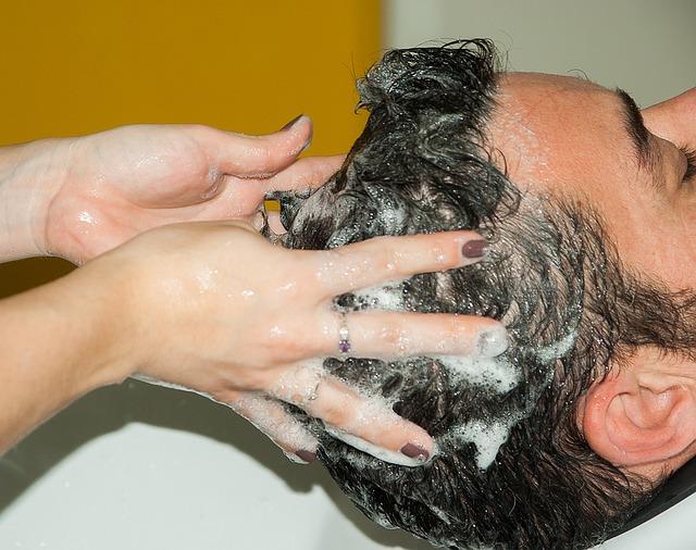 Shampoing solide bio : apprenez à faire votre propre shampoing