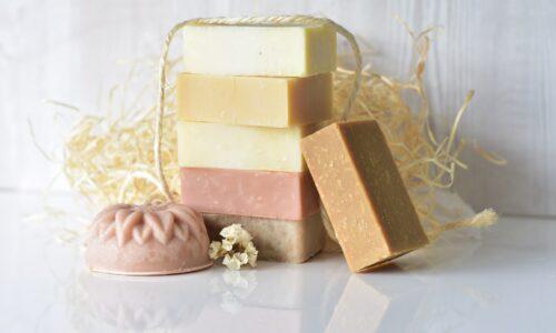 Les savons naturels artisanaux, pépites de soin bio